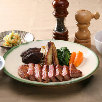 【テーブル】黒毛和牛ロース ステーキセット