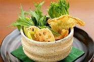 湯葉と山菜・水菜の京風サラダ
