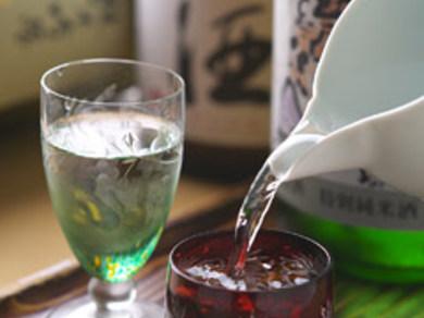 そばに合う日本酒を、季節ごとの御用意しております。