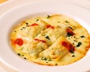 自家製リコッタチーズとほうれん草のクレープ包み オーブン焼き