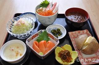 一花亭たびじの料理・店内の画像1