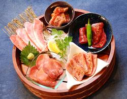 お肉、魚介、サラダ、デザートまで堪能できるお手軽コース!