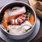 1番人気!くつろぎ釜飯(鯛・鮭・山菜・たこ)