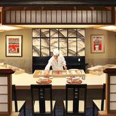 寿司カウンターで楽しむもよし