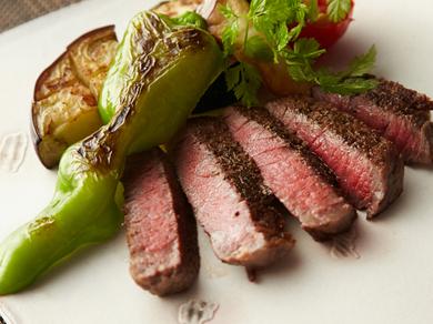 厳選した国産牛をお好みの焼き加減でどうぞ『牛フィレステーキ』