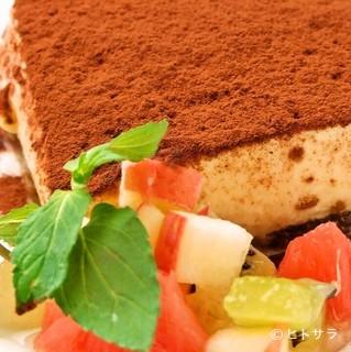 カニと蟹味噌のクリームパスタ