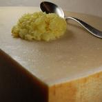 厳選イタリア産生ハムと季節野菜のバーニャカウダ(約2名様分)
