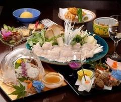 京都祇園の夏の名物!【鱧尽くし会席コース】を5月~ご提供いたします。期間限定のご奉仕価格です。