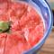 富良野和牛の美味しさと柔らかさを堪能!『ローストビーフ丼』