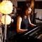 ピアノの生演奏を聴きながら…