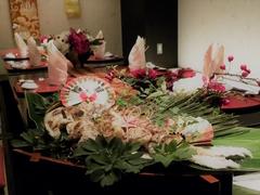 「生カキ」から「牡蠣ご飯」まで贅沢に食べ尽くす