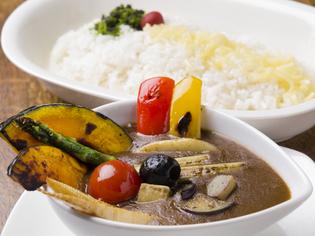 旬な野菜を味わえる『季節の野菜カレー』