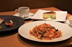 お料理7品、飲み放題付き。人気メニューを取り入れた、浦和壁の穴店自慢のコースです。要予約