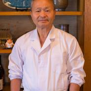40年以上前の札幌は、まだ鮟鱇料理が珍しかった時代。鮟鱇の味を知ってもらう事から始まった開店当初は苦心したものの、鮟鱇料理の確かな旨さを信じて続けたことが今の人気につながっています。