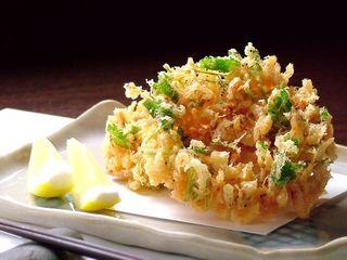 【桜海老かき揚げ】 サクサクに揚がった、海老の風味を満喫!