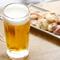 冷たいビールと一緒に七輪で焼くホルモンを堪能