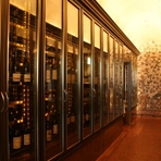 グランメゾンの名に違わぬ、料理、サービス、ワインを誇ります