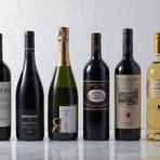 フランス、イタリアを中心にソムリエがセレクトした世界各国のワイン。料理に合わせてお好みのワインをご用意いたします。