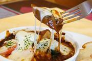 箸で切れるほどやわらかく煮込んだ牛タンと 大きめ野菜、とろけるモッツァレラが最高!
