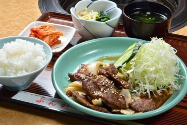 自家製の甘口タレと御飯がベストマッチ『ぶんか定食 ランチ』
