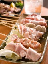 「げんき家」自慢のなんこつ串焼は6種類
