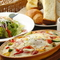 パスタやピザはご家族で取り分けてお召し上がり頂けます