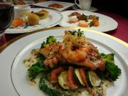 パスタかスープ・お魚料理かお肉料理。お好みに合わせて楽しめるコースです。