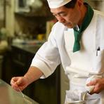 お魚料理orお肉料理、メインが選べるお手頃のコースです。