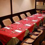 最大30名様が広々とお使い頂けるテーブル席
