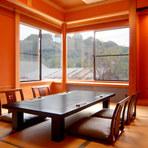 2階にある座敷個室は2名から利用可能。接待にも活躍