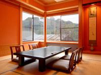館山城の天守閣の望める座敷個室は、接待に絶好のロケーション
