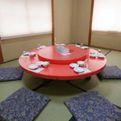 円卓式の個室席