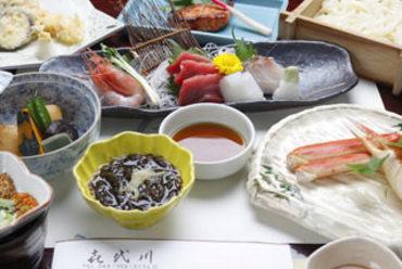 喜代川の会席料理を旬の料理とこだわりの酒をお楽しみください。
