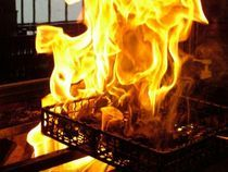 『じとっこ焼き』を食べた後は、鉄板で香ばしいライスを味わう