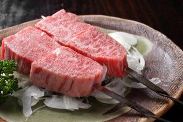 卸直営だから提供できる新鮮な肉