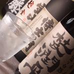 焼酎は約30種類。九州ならではの焼酎も豊富に取り揃えています。