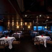 夜景の見えるレストラン&バー