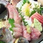 【魚・鮮魚・刺身】一尾は姿造、煮付、焼魚、唐揚げと仕上げます