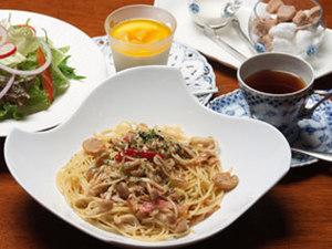 とちぎ和牛大田原産ハンバーグランチ (サラダ、デザート、コーヒー付)