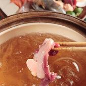 沼津産の魚、A5和牛など国産食材を備長炭の炭火焼でご堪能下さい