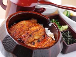 「鰻のひつまぶし」と「京揚げ」を堪能できるコース (4名様以上で前日までに要予約)