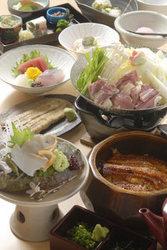 料理のみ10000円  6名様以上から+2000円で飲み放題お付けできます。