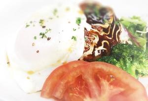 真卵のローストビーフ丼