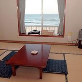 2階にはお座敷の個室もあります。
