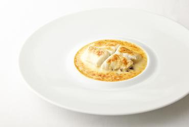 美味しさの本質を和歌山の食材で表現した『和歌山産白身魚のシャンパン煮』