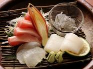 大洗から仕入れる新鮮な魚を使った『お造り』