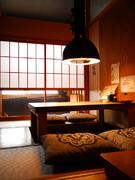 """旅館を思わせる""""和""""の空間。大切な接待などにご利用下さい。"""