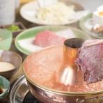 吉亭のしゃぶしゃぶは、極厚の霜降りロースが特徴です。食べ応えありの逸品。