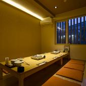 遠方から訪れる客人を、ゆったりともてなすことができる個室