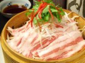 黒豚と旬野菜のセイロ蒸し